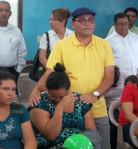 Alberto Solorzano, President of the Latin Evangelical Alliance, visits some of the migrant children